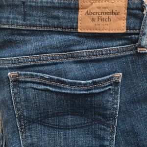 Abercrombie & Fitch Skinny Torn Jeans Sz 4L